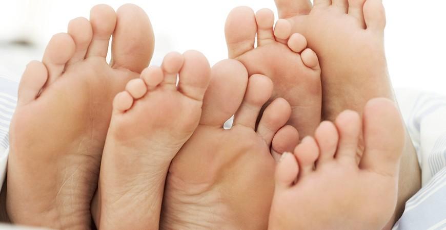 7 trucos caseros para eliminar el mal olor de los zapatos